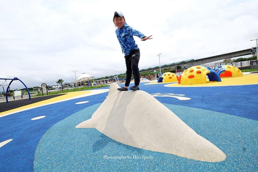 【台北親子公園】大佳河濱公園海洋遊戲場~全國最大河濱共融遊樂場!玩水玩沙野餐騎腳踏車一次滿足10.JPG