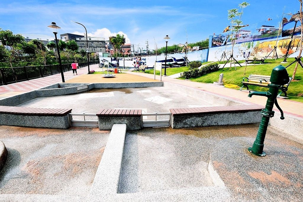 新北鶯歌親子公園永吉公園怎麼去、炮仗花、免費戲水景點22.JPG
