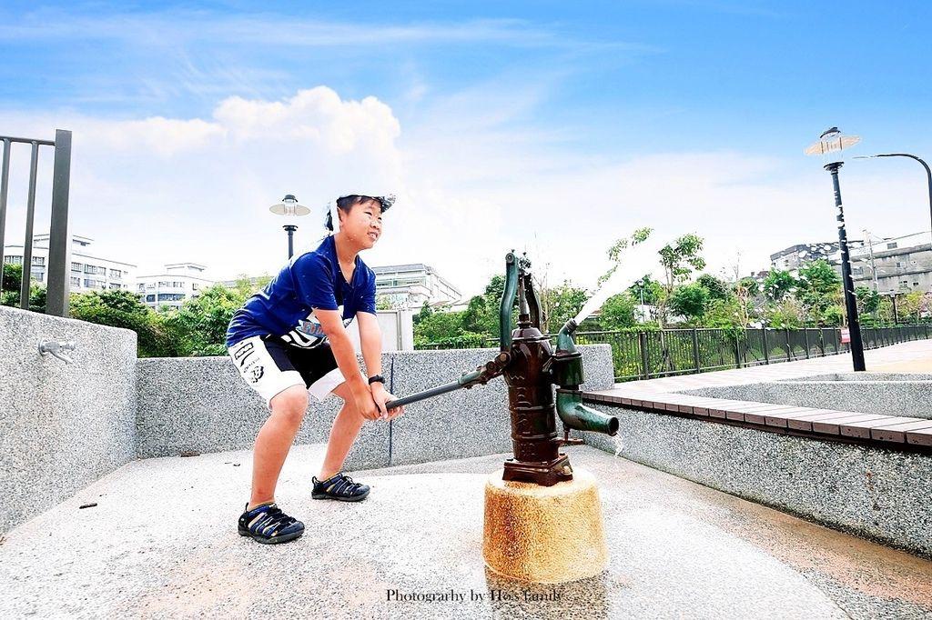 新北鶯歌親子公園永吉公園怎麼去、炮仗花、免費戲水景點26.JPG
