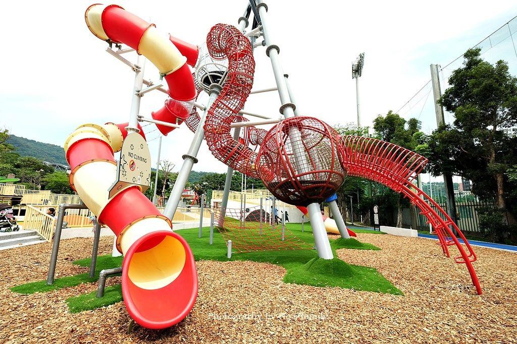 【天母夢想樂園】天母棒球場共融親子公園遊戲場!天母夢想公園、棒球溜滑梯、交通11.JPG