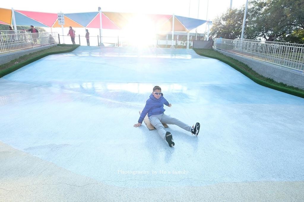 【嘉義親子公園】嘉義市城鎮之心滑草場、溜滑梯、玩水11.JPG