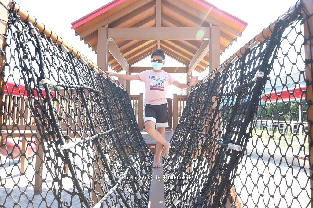 【屏東親子公園】麟洛客家花轎遊戲場免費玩沙玩水看火車10.JPG