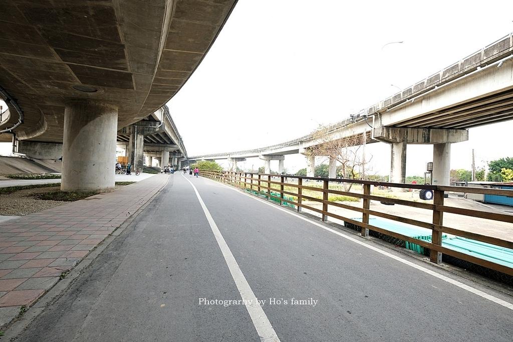 【新竹親子公園】頭前溪左岸Pushbike滑輪公園2.JPG