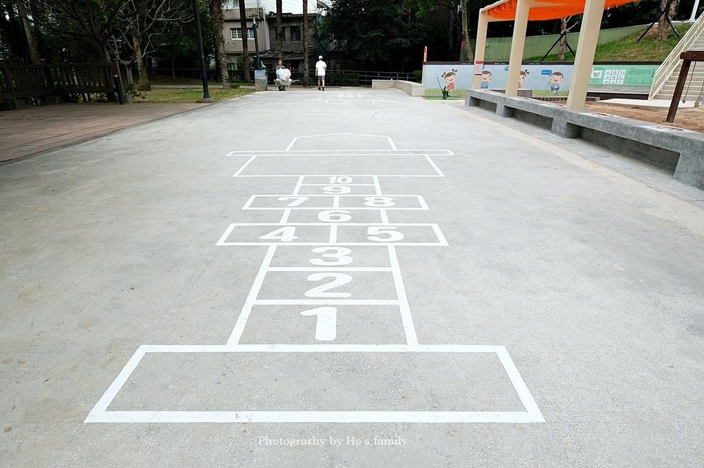 桃園客家文化館兒童遊戲場3.JPG