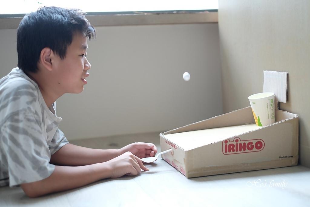 【紙箱玩具DIY】親子勞作籃球場投擲器17.JPG