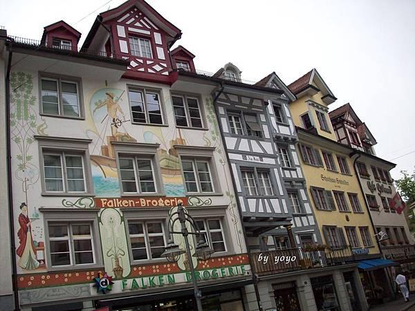 瑞士濕壁畫很有名 086