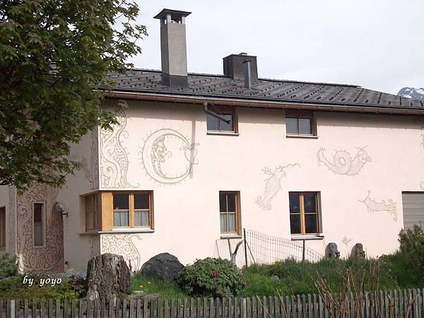 瑞士 138蝸牛圖騰.jpg