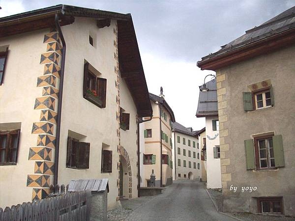 瑞士 148很有特色房子.jpg