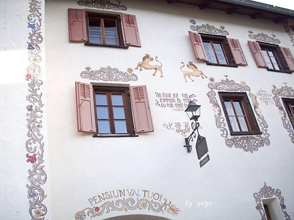 瑞士 158美麗花雕.jpg
