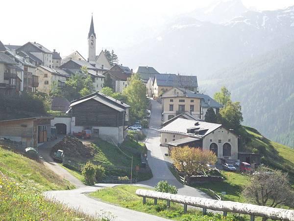 瑞士 161下山的美景.jpg