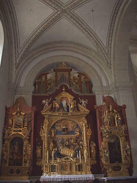 教堂最前端 242-1.jpg