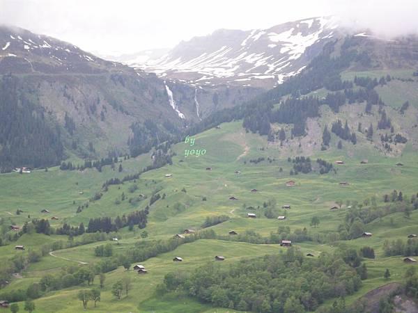 從最高處拍格林德瓦村莊548.jpg