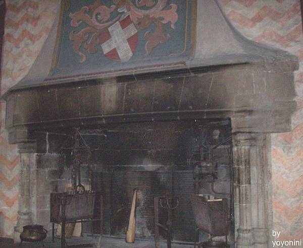 公爵家族壁爐 700-1.jpg