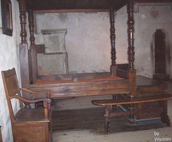 公爵住的床 715-1.jpg