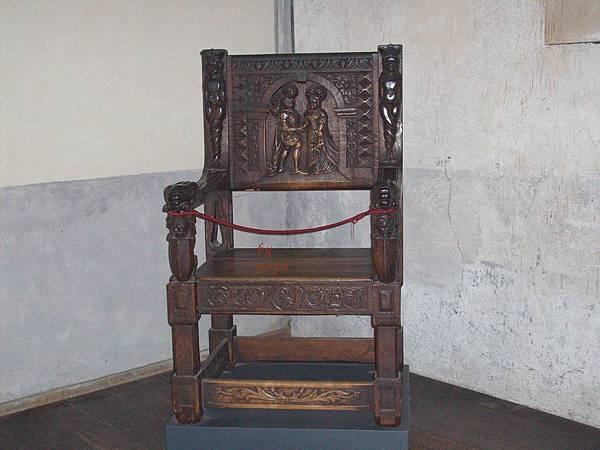 公爵用的椅子 723-1.jpg
