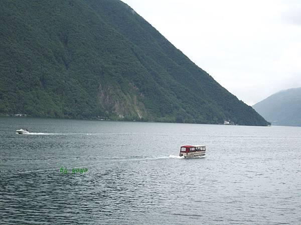觀賞盧加諾湖偶之二 1036.jpg