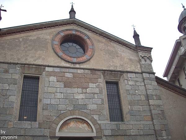 安傑歐利聖母堂正面 1063-1.jpg