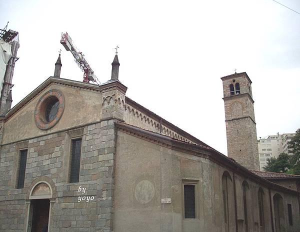 教堂後置鐘樓造型 1064.jpg