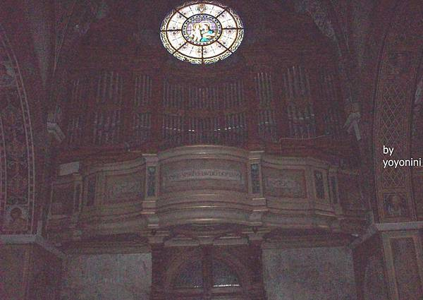 置頂聖母子像 1069-1.jpg