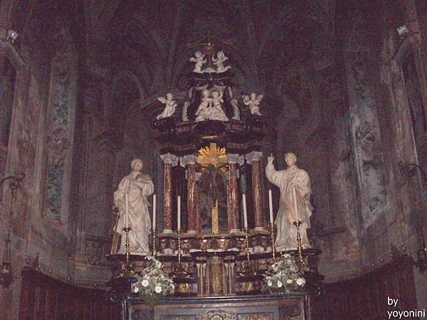 聖羅倫佐大教堂景隅一 1071-1.jpg