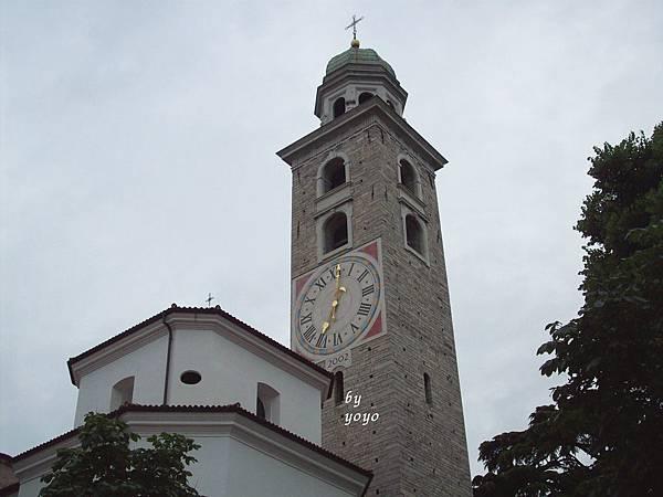 瑞士聖羅倫佐大教堂 1075-1.jpg