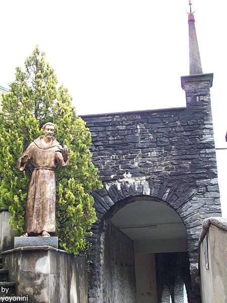 是否為教堂興建之修道士 1110-1.jpg