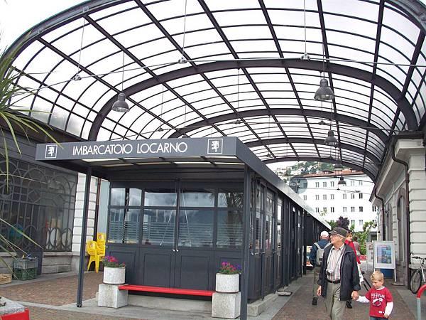 瑞士羅卡諾車站 1140.jpg