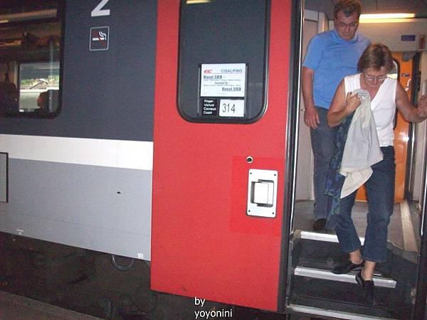 到琉森的火車來了 1217-1.jpg