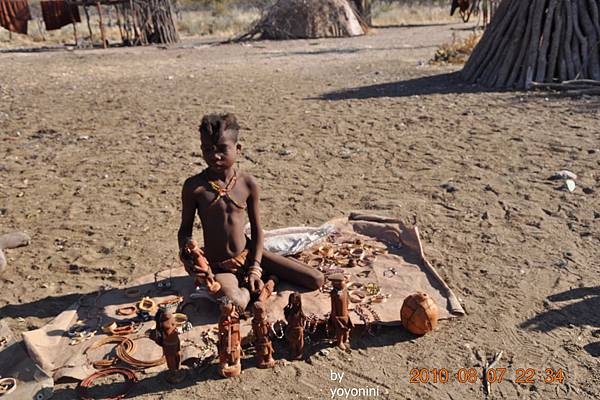 DSC_0664木頭娃娃是少女作的.JPG