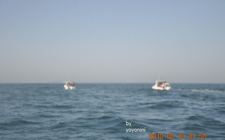 DSC_0287遠端的遊艇.JPG
