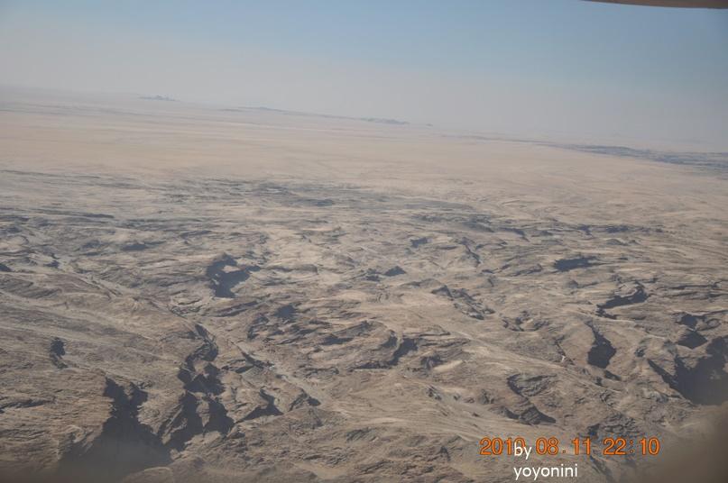 DSC_0612飛機下沙漠無限遼闊.JPG