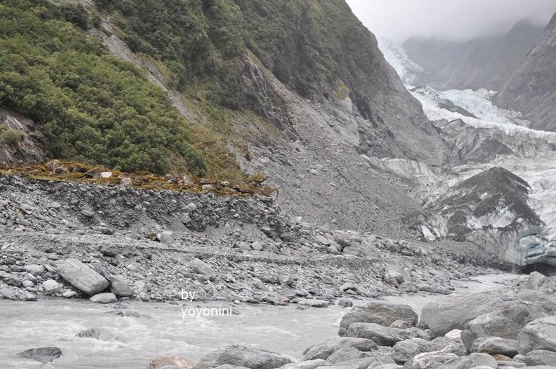 DSC_0932冰河與山景.JPG