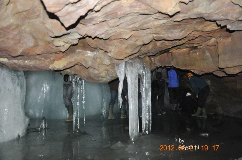 DSC_0884大大小小冰鐘乳石柱.JPG