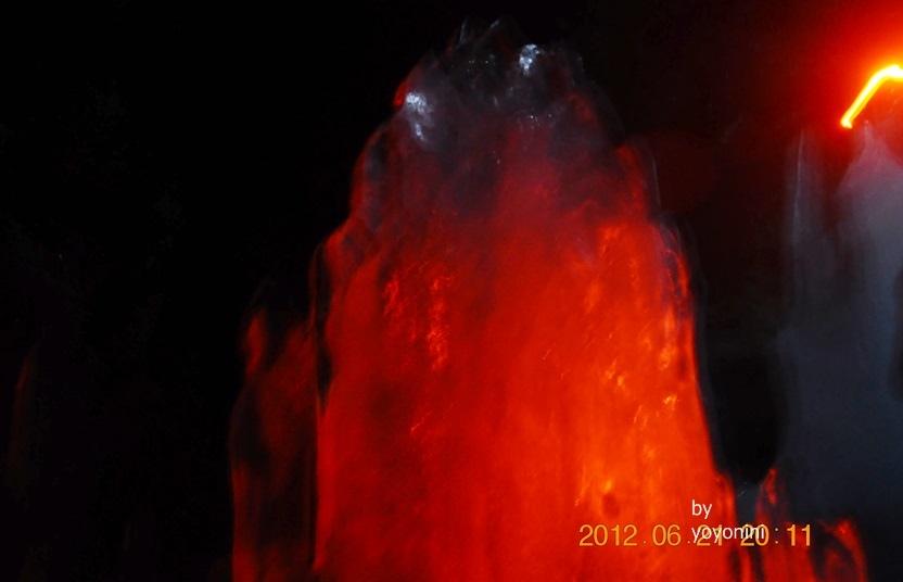DSC_0990冰鐘乳石燃燒了.JPG