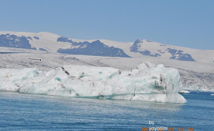 DSC_0323 (2)冰河湖水呈藍色.JPG