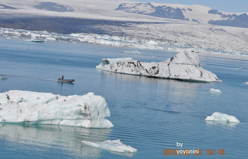 DSC_0352 (2)冰河湖區很大.JPG
