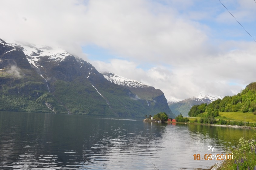 DSC_0663雪景連著湖邊景色(首圖).JPG