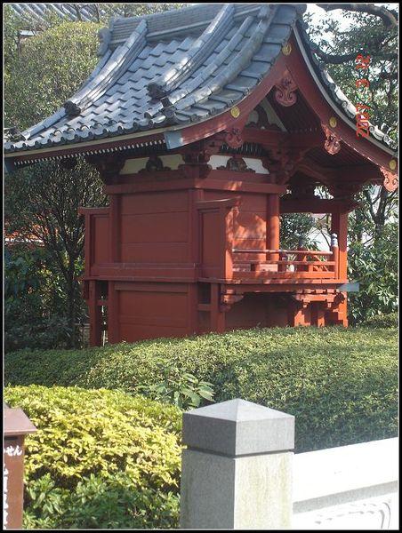 淺草寺花園中的一角