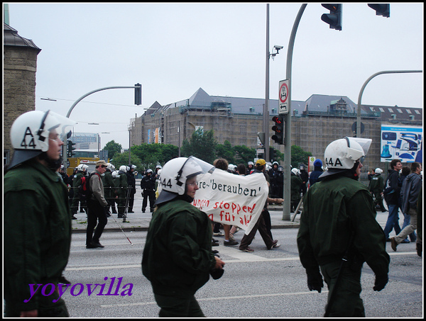 德國人上街遊行抗議