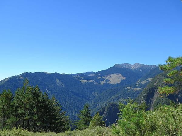 IMG_3331_雪山主峰、369山莊