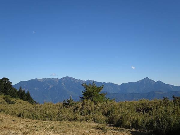 IMG_3404_南湖大山、中央尖山