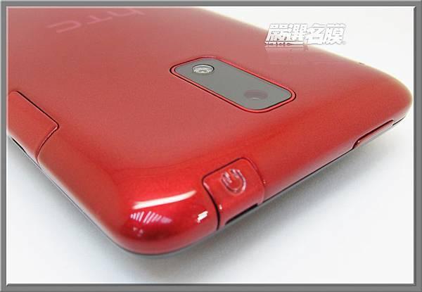 5,耳機和充電孔都有配置貼心的防塵蓋.JPG