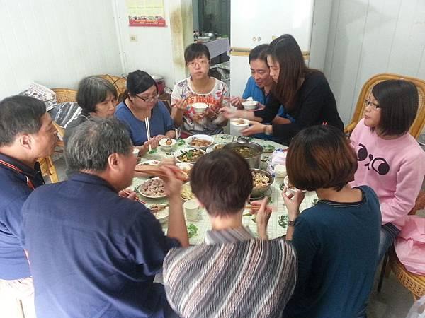 南投老家聚餐(103.11.27)_003