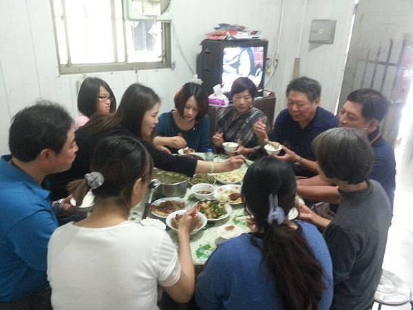 南投老家聚餐(103.11.27)_002