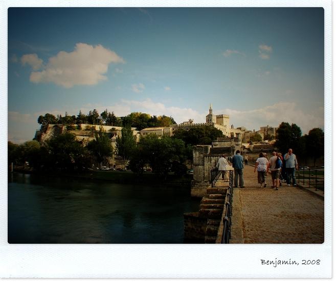 Avignon_T02.JPG