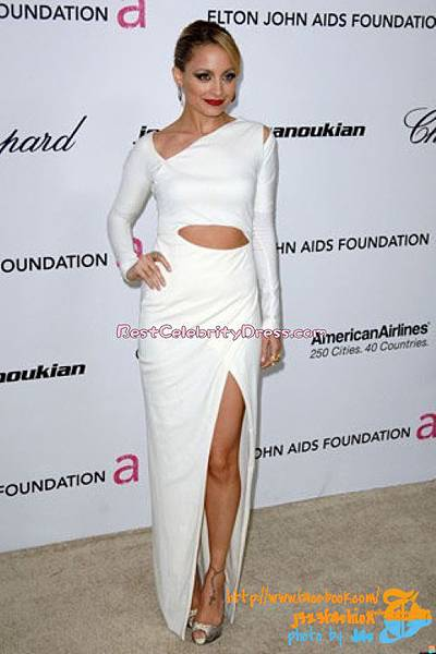 nicole-richie-white-dress-oscar-party-2011-02