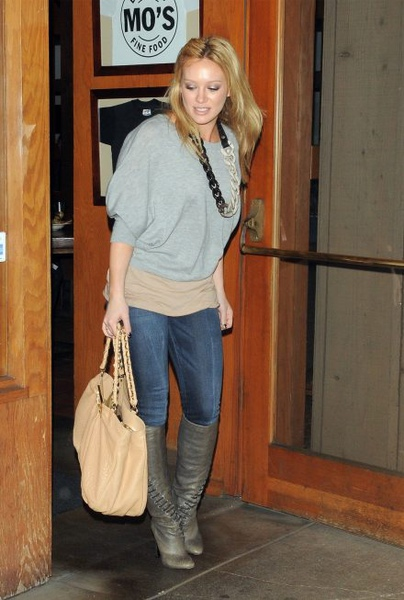 hilary-duff-black-orchid-jeggings-thunder-jt-440.jpg