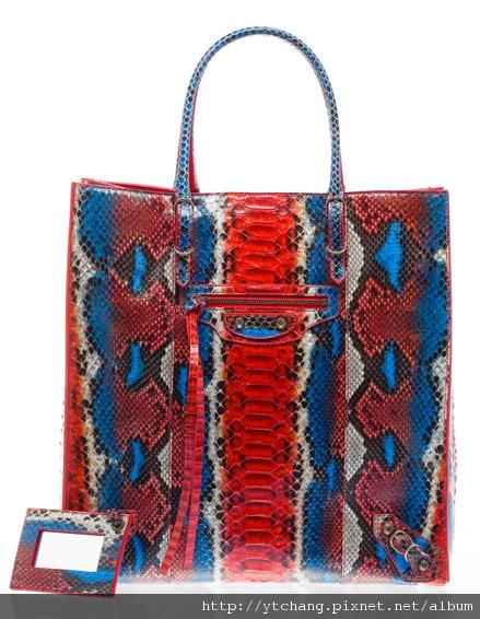balenciaga-2011-spring-handbags-10.jpg