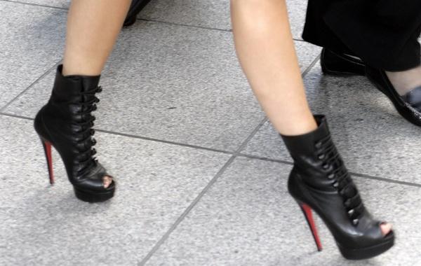 Victoria-Beckham-Shorts-3.jpg