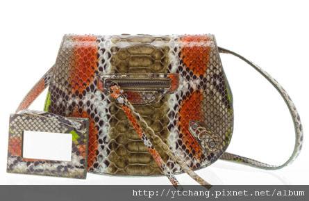 balenciaga-2011-spring-handbags-32.jpg